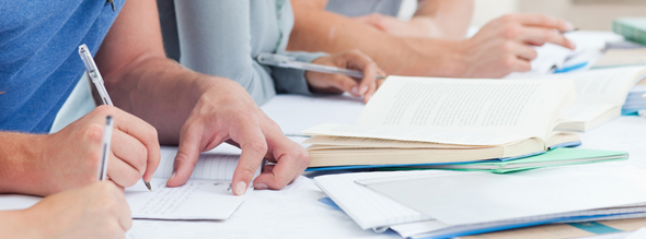un-total-de-63-titulos-universitarios-obtienen-informe-favorable-para-la-renovacion-de-la-acreditacion