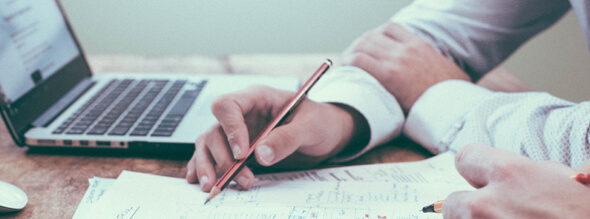 Los-comites-de-evaluacion-del-programa-ReAcredita-visitan-la-UMH-y-la-UEV