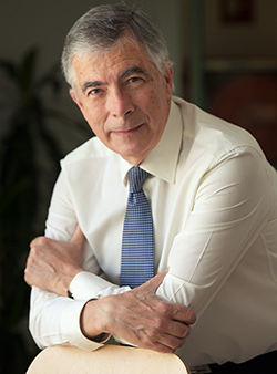 francisco-michavila-nou-director-executiu-de-la-universitat-franco-espanyola