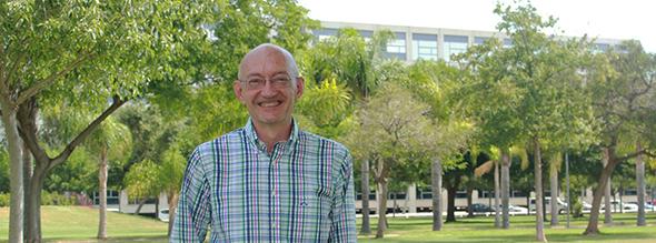 El-catedrático-de-la-UPV-Jose-Bonet-nuevo-presidente-de-la-sección-de-Exactas-de-la-Real-Academia-de-Ciencias